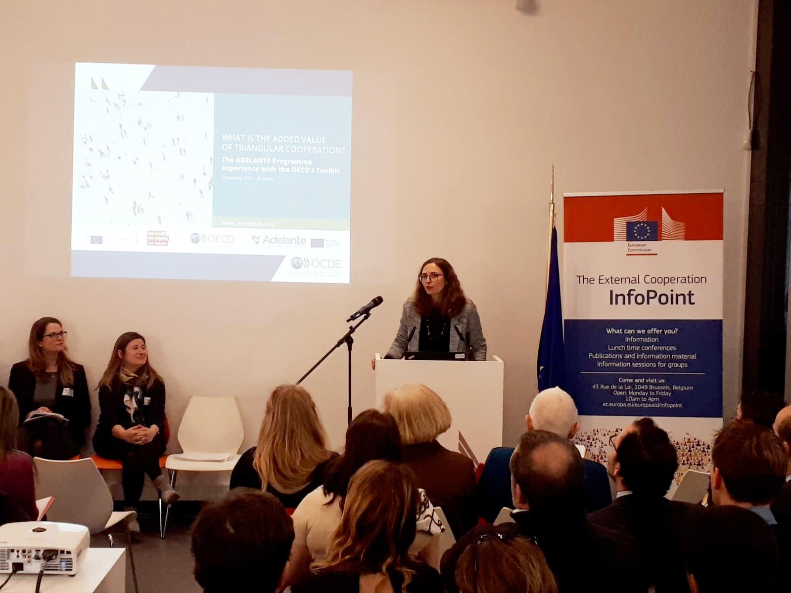Leticia Casañ-Jensen de la Dirección General de Cooperación Internacional y Desarrollo de la Comisión Europea, Task Manager del Programa ADELANTE