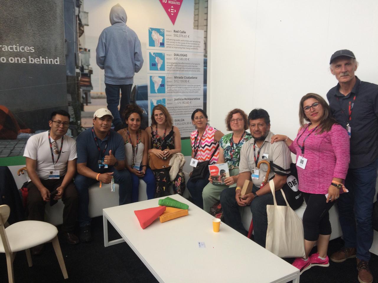 Recibiendo el equipo del Concejo Municipal de Tarija (Bolivia) que mostró un gran interés en las actividades del proyecto Mirada Ciudadana.