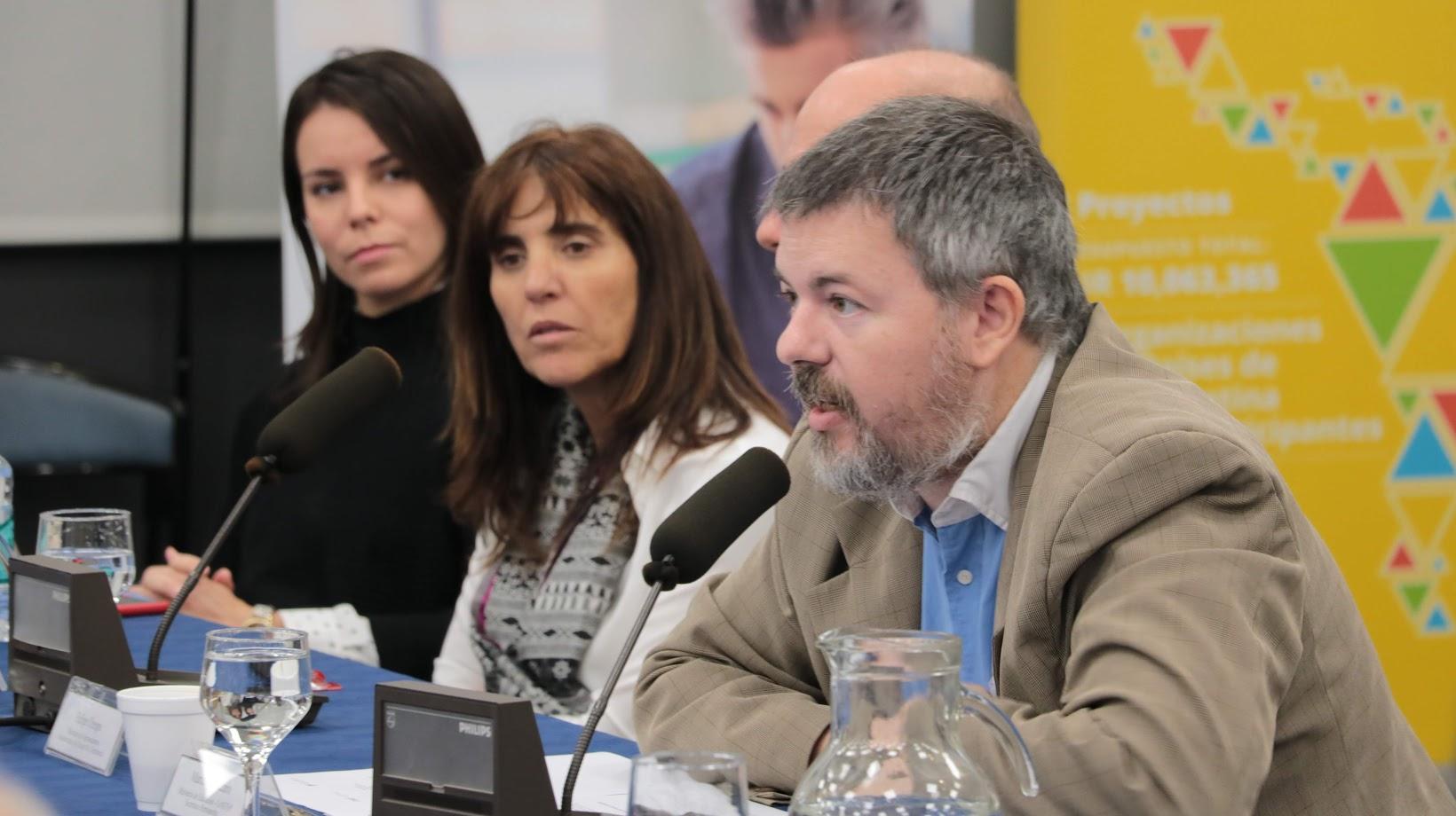 Marcelo Vaccaro Secretario Permanente del CoNETyP presenta sobre la participación del INET en el Proyecto Dialogas.