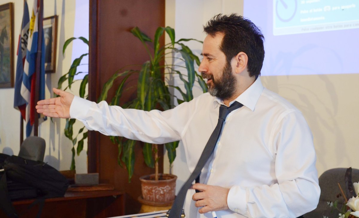 Javier Cortés - Cooperación Triangular