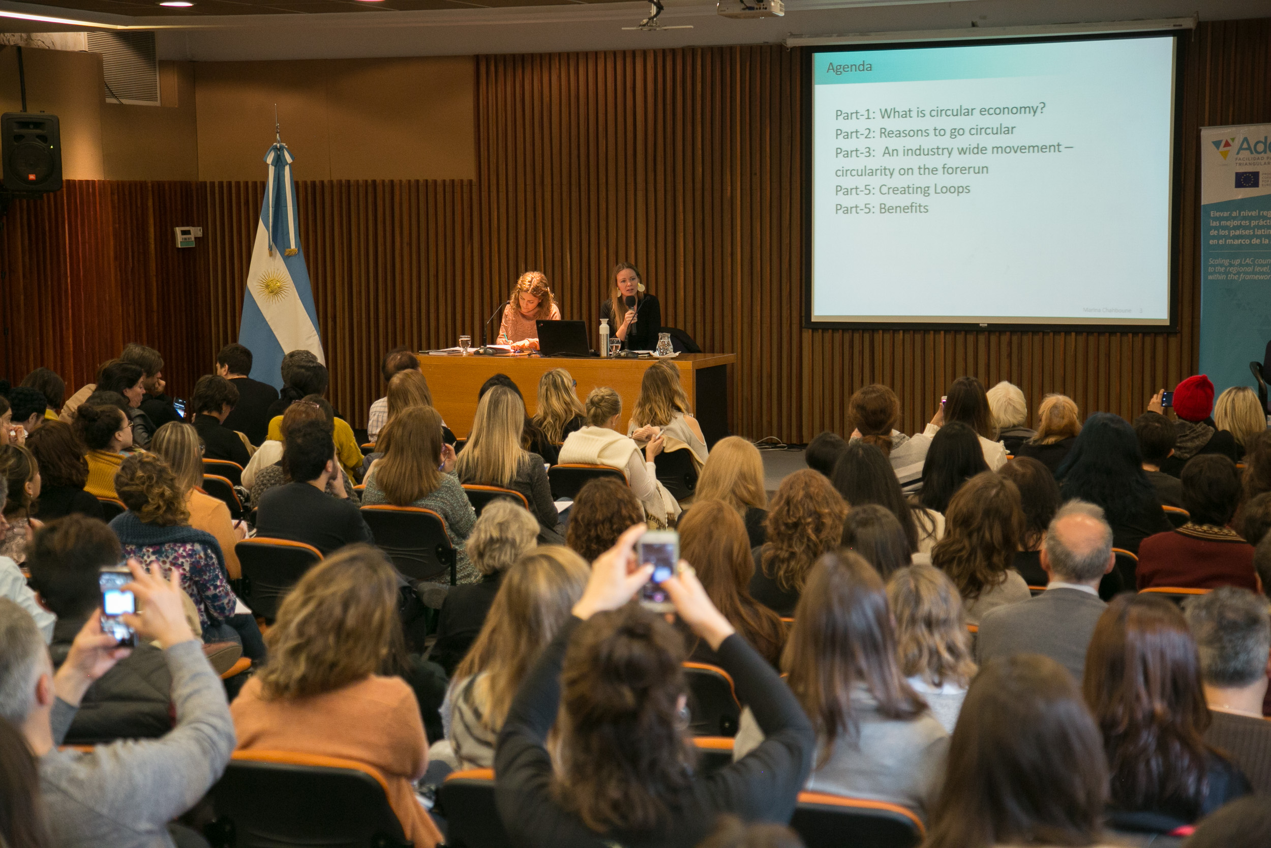 Unas 200 personas participaron de la conferencia sobre economía circular en INTI, Buenos Aires.